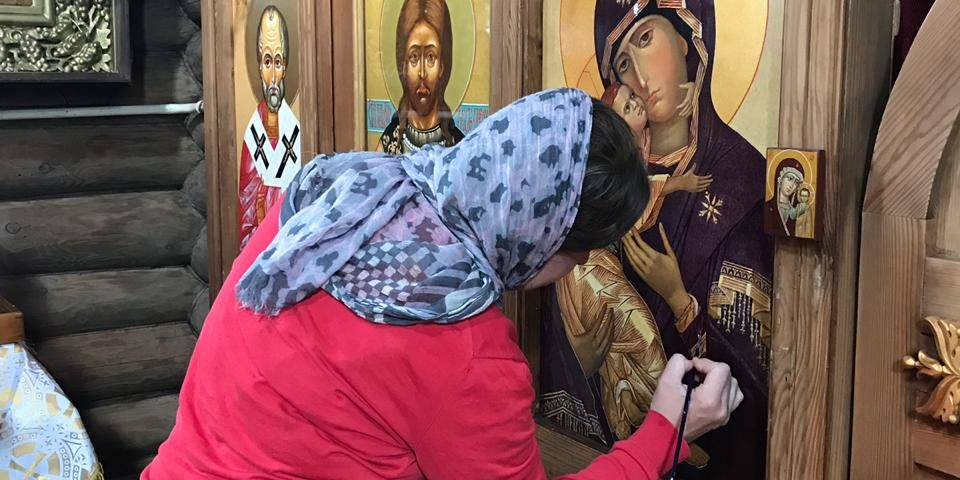 Реставрация иконостаса в храме
